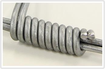 亜鉛メッキの表面処理を施した線材加工品