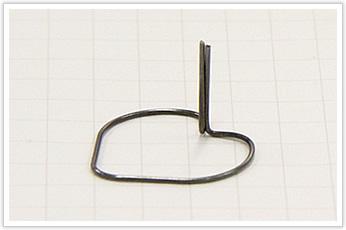 部品保持用の線材曲げ加工品