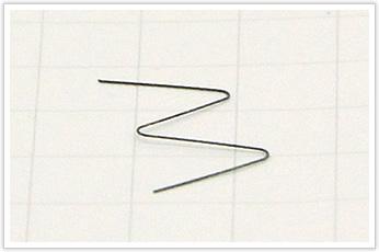 線径が極小のピアノ線の線材曲げ加工品