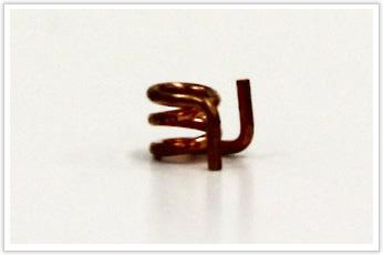 軟銅線を使用した線径が極端に小さい線材曲げ加工品