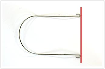 線径に対して内径のRが大きく、フック部分がU字形状の線材曲げ加工品