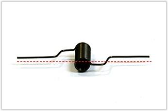 コイル巻き数15で、腕の角度公差を±5°に抑えたトーションバネ