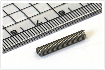 現物の形に合わせて製作・寸法調整したキャニスターの線材曲げ加工部品