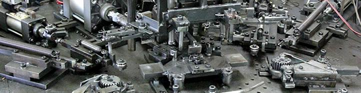 自社で完全オリジナルの機械を製作可能